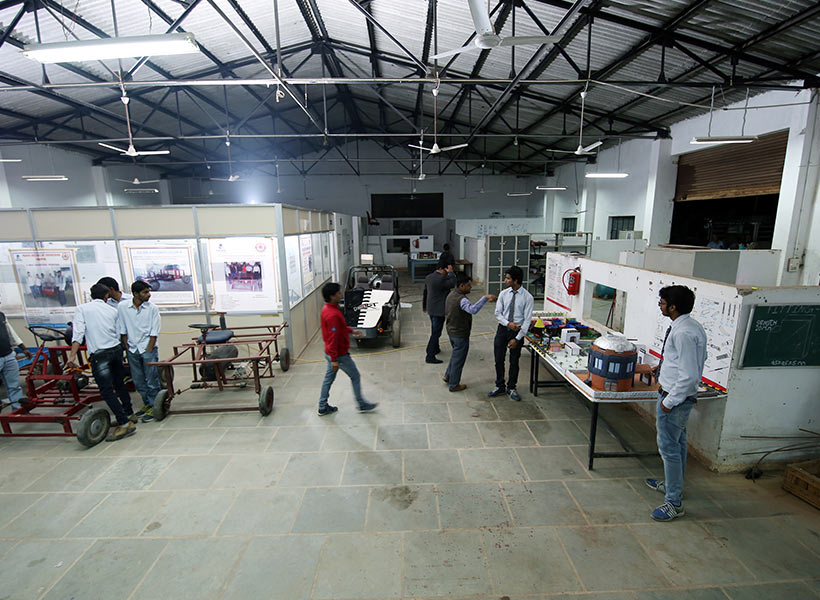 Top mechanical engineering colleges India